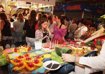 Girona. Nit de flors i sabor al mercat del Lleó