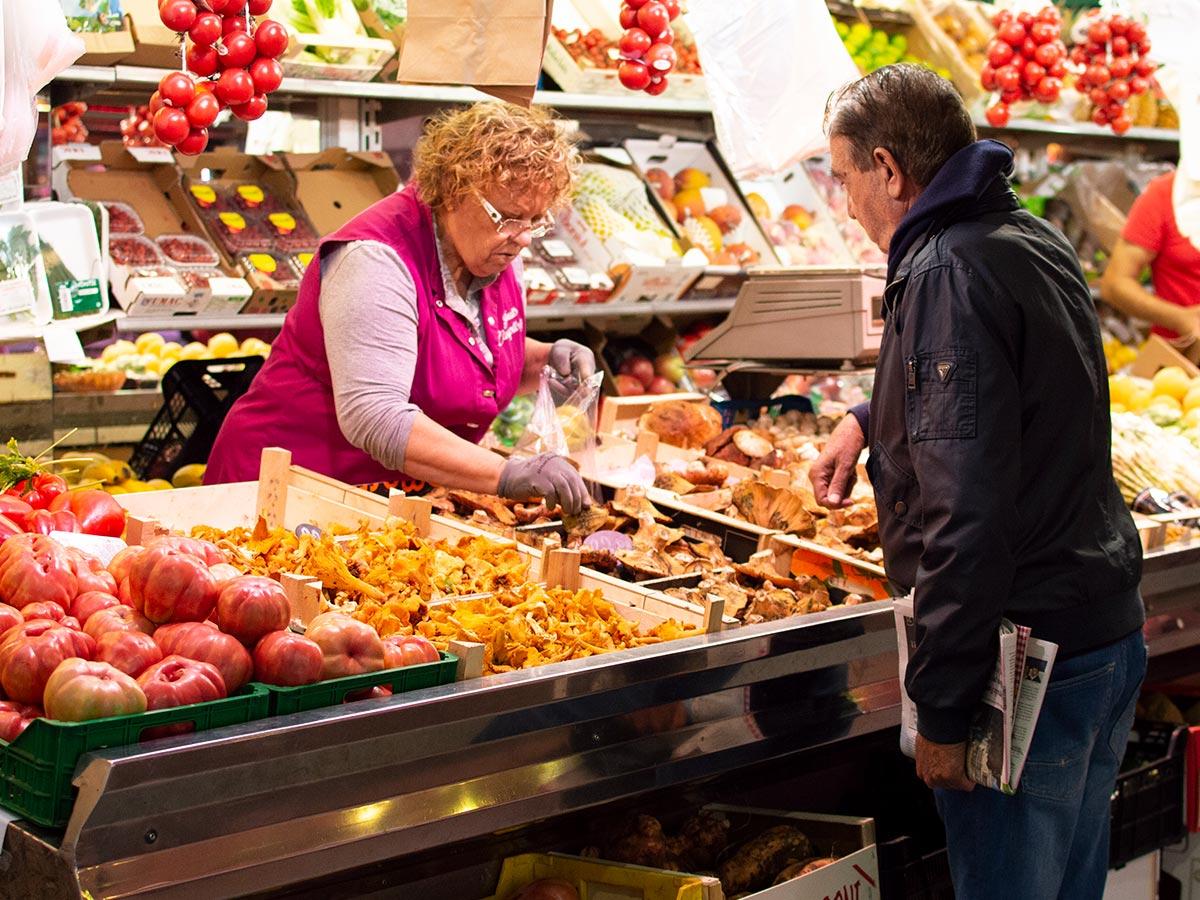 Fruits Campllong - Mercat del Lleó de Girona